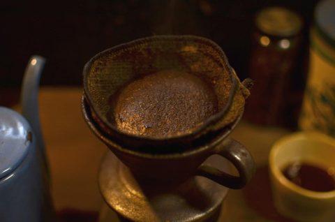 東峰村の間伐材を利用した薪火焙煎コーヒー